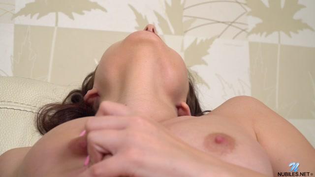 Watch Online Porn – Nubiles presents Zlata – A Little Spice 23.09.20 (MP4, FullHD, 1920×1080)