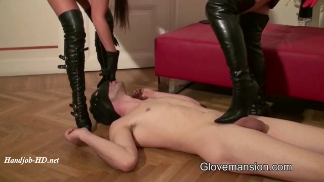 Slave_for_2_Goddesses_-_GloveMansion_-_Honey_Demon__Alison_Star.mp4.00005.jpg
