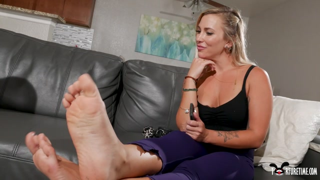 TORTURE_TIME_HOW_MY_NEW_ROOMMATE_BECAME_MY_NEW_FOOT_SLAVE.mp4.00008.jpg