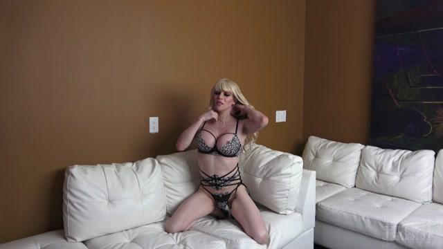 Watch Free Porno Online – TS-Jesse presents Jesse – BTS Leopard Love Photo Shoot – 20.09.2020 (MP4, HD, 1280×720)