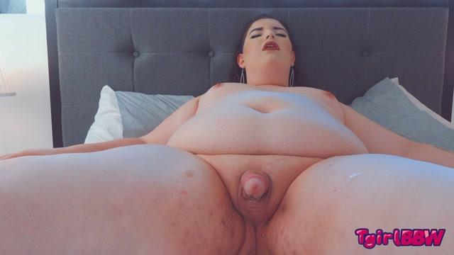 Tgirlbbw_presents_Madame_Morgan_Gets_Herself_Off___10.09.2020.mp4.00014.jpg
