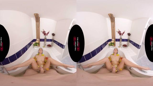 Virtualrealporn_presents_Bath_Time_Part_II_-_Alexis_Crystal_4K.mp4.00014.jpg