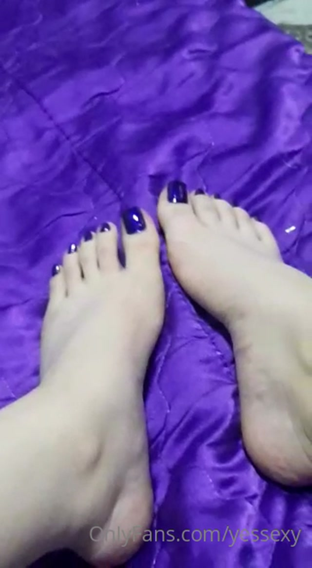 Yessika_-_yessexy_06-05-2020_You_Like_toes_Blue.mp4.00000.jpg