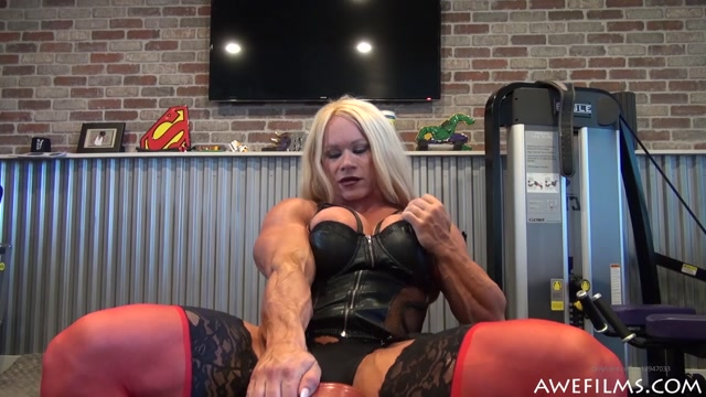 aleeshayoung_13-02-2020_Punishment_is_my_Specialty.mp4.00014.jpg