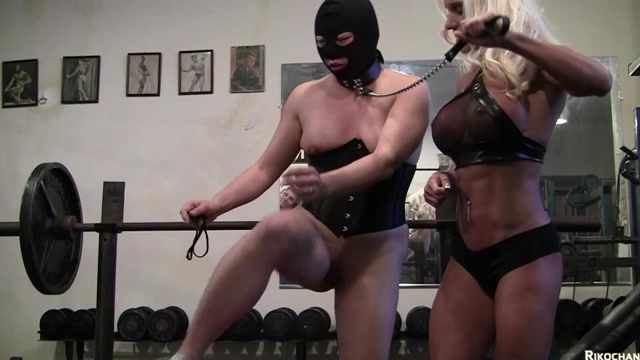 rikochanpstar_26-05-2020_18_Minutes_of_big_clits_rubbing_together_and_squirti.mp4.00003.jpg