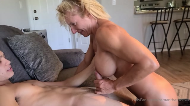 samanthathemilf_11-08-2020_not_everbody_has_a_body_like_this.mp4.00013.jpg