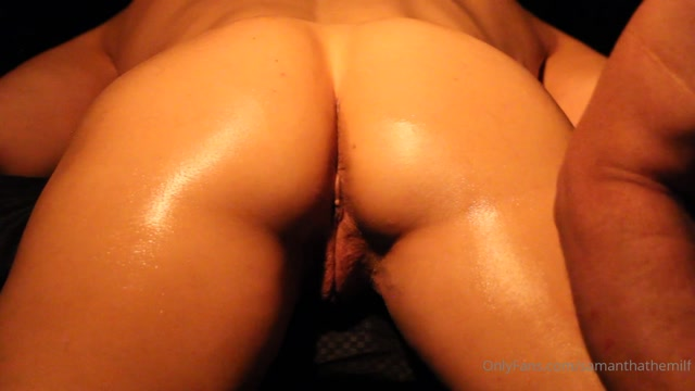 samanthathemilf_31-07-2020_what_a_way_to_start_your_day.mp4.00008.jpg