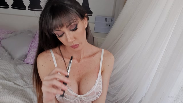 spanishstarx_19-03-2020_Enjoy_my_first_video_in_4K___VAPING_IN_YOUR_FACE_.mp4.00004.jpg