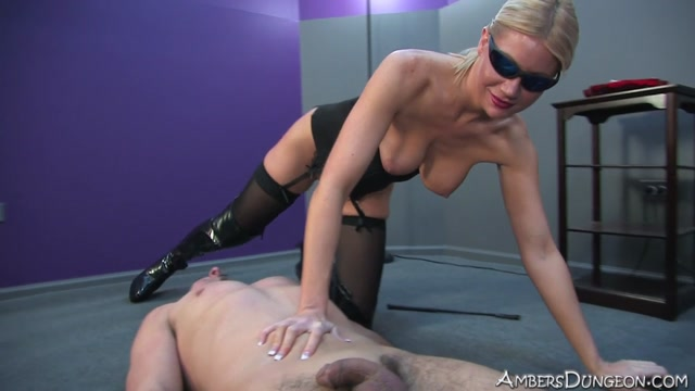 Ambers_Dungeon_-_Punish_the_Pretty_Boy.mp4.00013.jpg