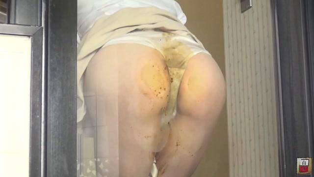 Watch Online Porn – BFJG-42 Cute young girl pantypooping in bathroom (MP4, FullHD, 1920×1080)