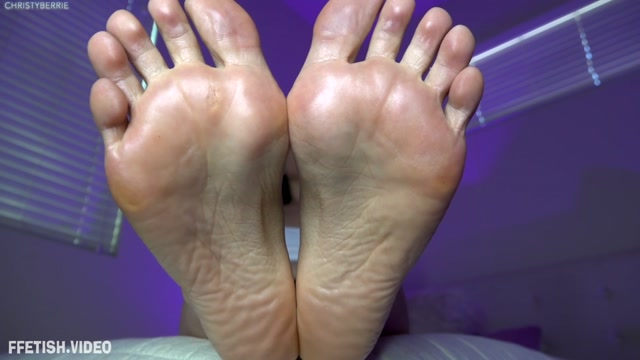 Christyberrieclips_-_Sweaty_Foot_Slave.mp4.00013.jpg