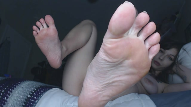 DamnedestCreature_-_Showing_Off_My_Soles_HD.mp4.00010.jpg