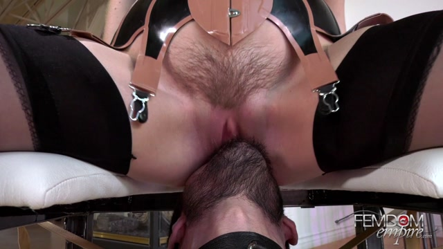 FemdomEmpire_presents_Maya_Kendrick_-_Queening_Supremacy___09.10.2020.mp4.00013.jpg
