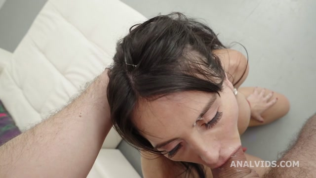 LegalPorno_presents_Robin_s_Anal_Casting__Linda_Black_Turns_Wet__with_Balls_Deep_Anal__Pee__Gapes_and_Swallow_GL309___09.10.2020.mp4.00005.jpg