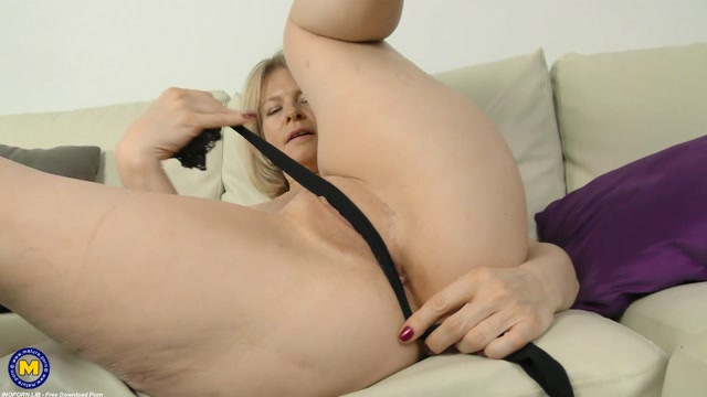 Mature.nl_presents_Diana__52_.mp4.00008.jpg