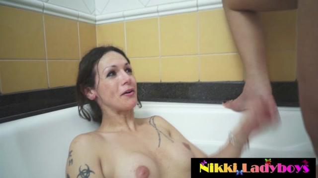 NikkiLadyboys_-__nikki_montero_and_bruna_butterfly_golden_showers.mp4.00002.jpg