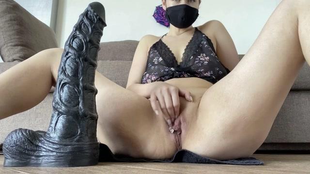 Nikoletta_Joy_my_ass_is_sitting_on_a_huge_sea_horse_dildo.mp4.00002.jpg
