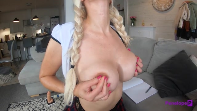 Penelope_P_-_Fit_College_Teen_Fucks_her_Huge_Dildo_and_Squirts.mp4.00003.jpg