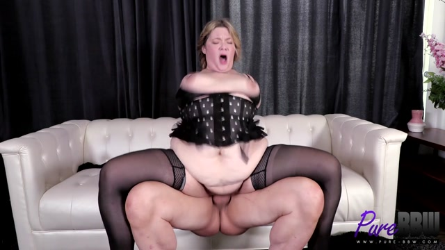 Pure-BBW_presents_Babe_West_-_Sexy_new_BBW_wants_to_show_you_her_stuff.mp4.00015.jpg