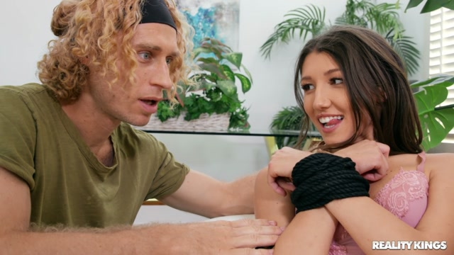 RealityKings___RKPrime_presents_Maya_Woulfe_-_All_Tied_Up_For_My_Roomie___26.10.2020.mp4.00003.jpg