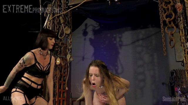 SensualPain_presents_Abigail_Dupree__Jessica_Kay_-_Stomach_Punching_Until_you_Pee___21.10.2020.mp4.00008.jpg