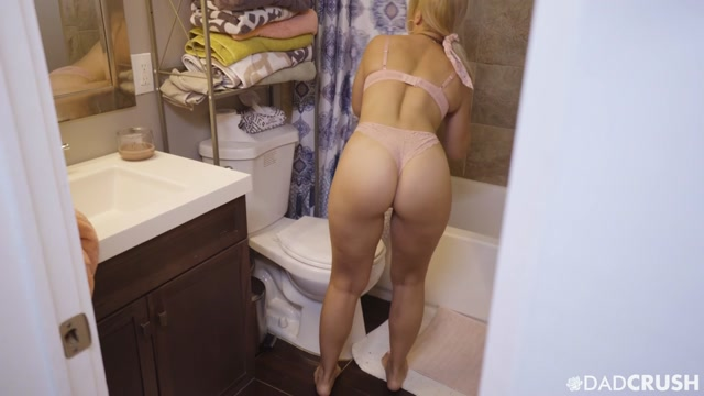 TeamSkeet_-_DadCrush_presents_Sloan_Harper_-_Get_It_From_My_Dad___10.10.2020.mp4.00001.jpg