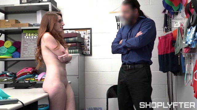 TeamSkeet_-_Shoplyfter_presents_Aria_Carson_-_Under_the_Sweater___07.10.2020.mp4.00006.jpg