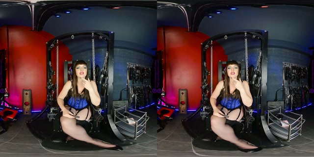 The_English_Mansion_-_Miss_Vivienne_lAmour_-_Take_My_Ash_-_Femdom_VR.mp4.00000.jpg