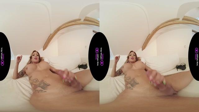 VirtualRealTrans_presents_Vanessa_Jhons_Queen_of_Heaven_09.10.2020.mp4.00014.jpg