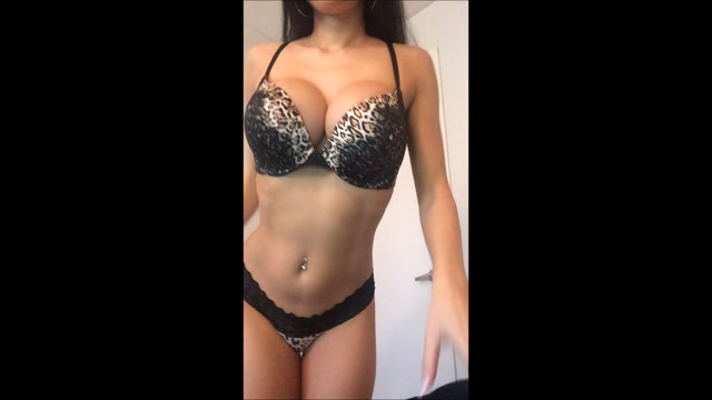 Watch Free Porno Online – bellawild lingerie try on and joi instructions (MP4, FullHD, 1920×1080)