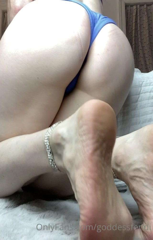 goddessfendi_-_Video_062.mp4.00009.jpg
