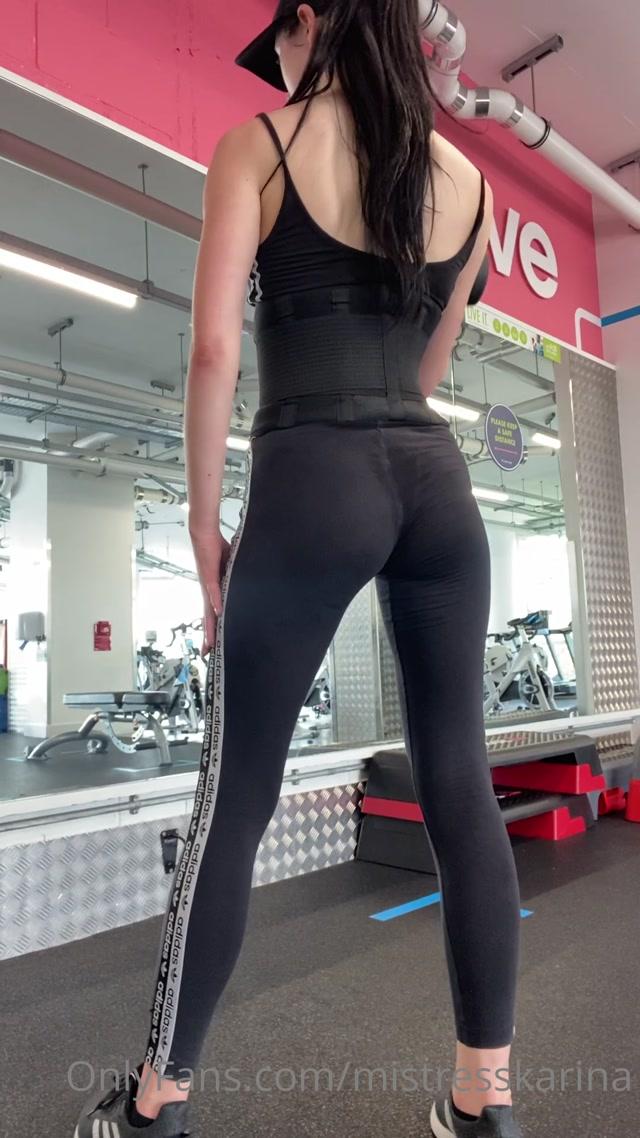 Watch Online Porn – mistresskarina 09-08-2020 Look at my sweat patch between my ass c (MP4, UltraHD/2K, 1080×1920)