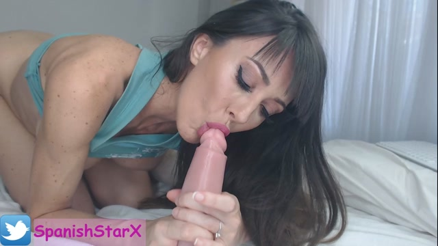 spanishstarx_30-09-2019_Blowjob_with_my_new_UNCUT_DILDO.mp4.00013.jpg