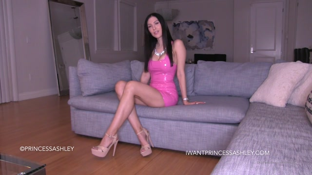 spoiledashley__01-10-2020_Worker_Bee_for_Princess_-_Full_HD_Clip.mp4.00001.jpg