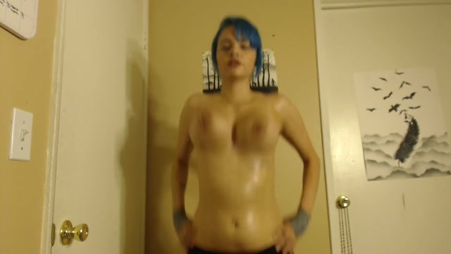 thick_topless_workout.mp4.00008.jpg
