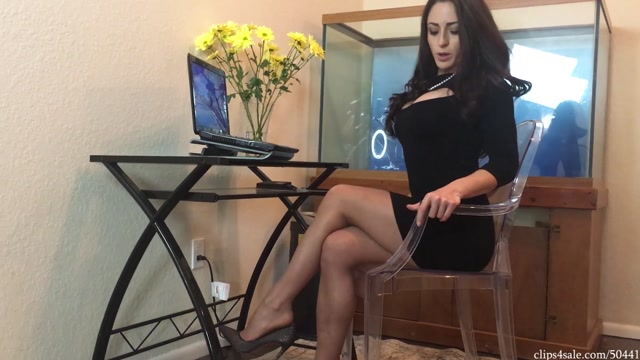 Detention_Footjob_From_Teacher_Cleo_-_Bratty_Babes_Own_You.mp4.00002.jpg