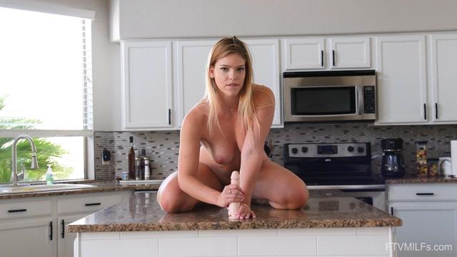 FTVMilfs_-_Leah_-_A_Blonde_Dream_-__Lia_Shooting_Leah_03.mp4.00000.jpg