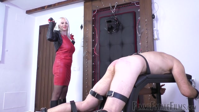 Watch Free Porno Online – Femme Fatale Films – The Curse Of The Cane – Complete film – Divine Mistress Heather (MP4, FullHD, 1920×1080)
