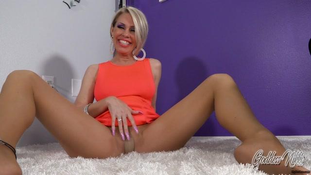 Goddess_Nikki_-_Pussy_Free_beta_Tease.mp4.00013.jpg