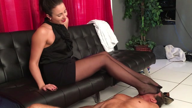 Helenas_Cock_Quest_-_My_Employee_Of_The_Month___FULL_VIDEO.mp4.00006.jpg