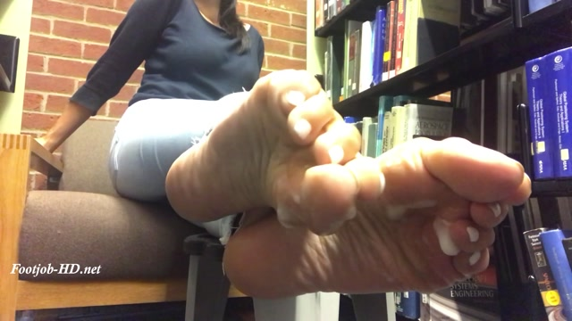 Watch Online Porn – Library soles with cumshot – Feetwonders (MP4, FullHD, 1920×1080)