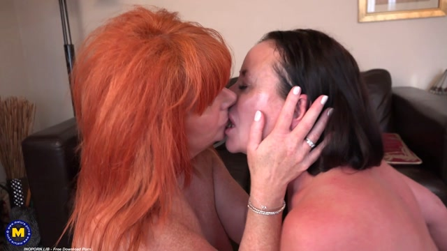 Mature.nl_presents_Amber_Vixxxen__EU___56____Vicky_Anne__EU___44_.mp4.00008.jpg