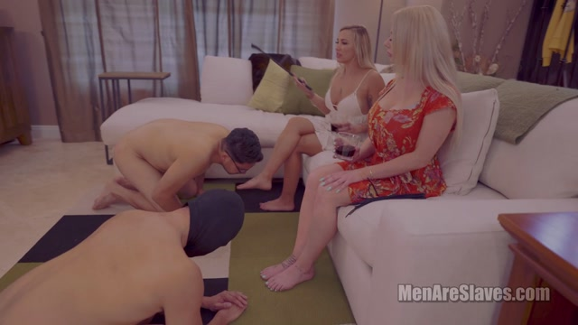 Men_Are_Slaves_-_Typical_Girls_Night__Part_1_-_Foot_Worship.mp4.00014.jpg