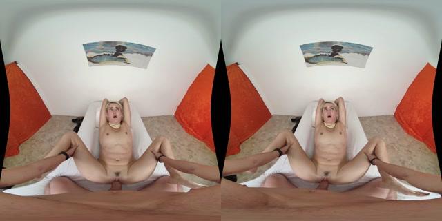 Milfvr_presents_Mommy_Modeling_-_Zoe_Sparx_4K.mp4.00010.jpg