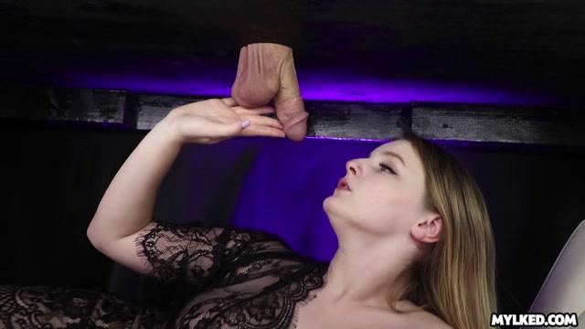 Mylked_presents_Eliza_Eves_Sensual_Sucking.mp4.00008.jpg