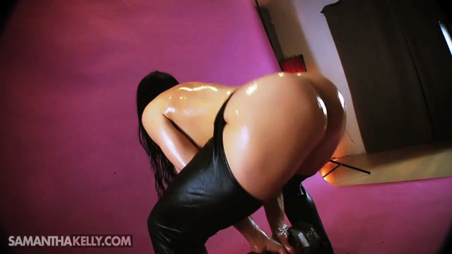 Samantha_Kelly_-_Nude_Oiled_Up_Sumo_Squats.mp4.00006.jpg