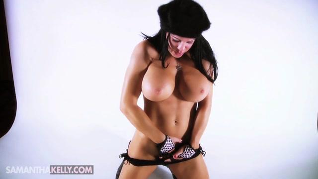 Samantha_Kelly_-_Santa_Is_Cumming.mp4.00010.jpg