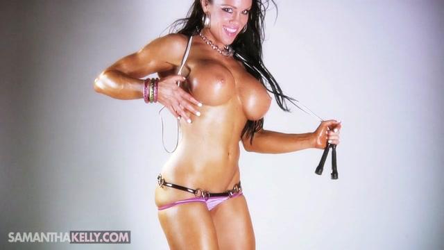 Samantha_Kelly_-_Showing_Off_Her_Buff_Body.mp4.00013.jpg