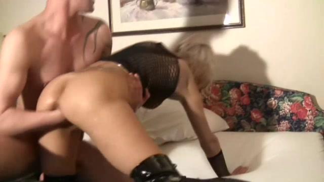 SicFlics_presents_Intense_fist_fucking_orgasms___13.11.2020.mp4.00013.jpg