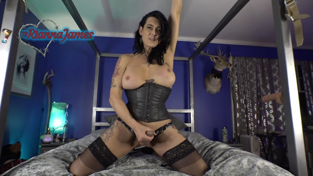 Ts_Rianna_James_-_Gooningthebeginning.mp4.00008.jpg